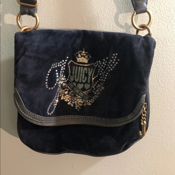 Juicy Couture Handbags - Juicy Couture crossbody